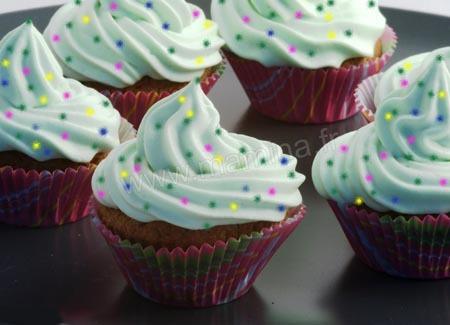 montre-moi des photos de glacage de cupcake